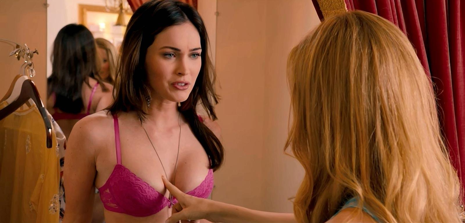 Позирующие эротическое видео онлайн с голливудом фон тиз