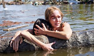 No matter what they threw at her, Naomi Watts was still the most beautiful creature on the face of the planet here.