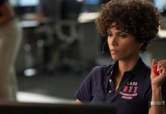 Seriously, was the huge, fro-like wig needed?!!? Like, at all?!?