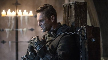 The only way to have Aaron Eckhart re-think his career-options is by LITERALLY strapping him to a chair and forcing him to watch his past four movies.