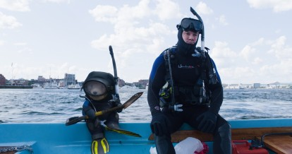 The buddies that have a thunder song together, go scuba-diving together. For some odd reason.