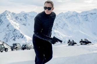 Ain't nobody can rock the turtleneck quite like Bond.